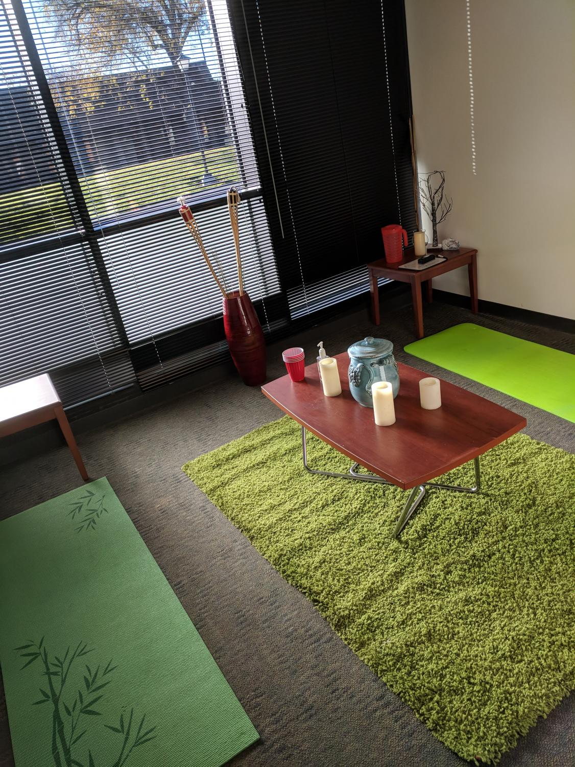 Foothill College's meditation room, located in the ASFC office