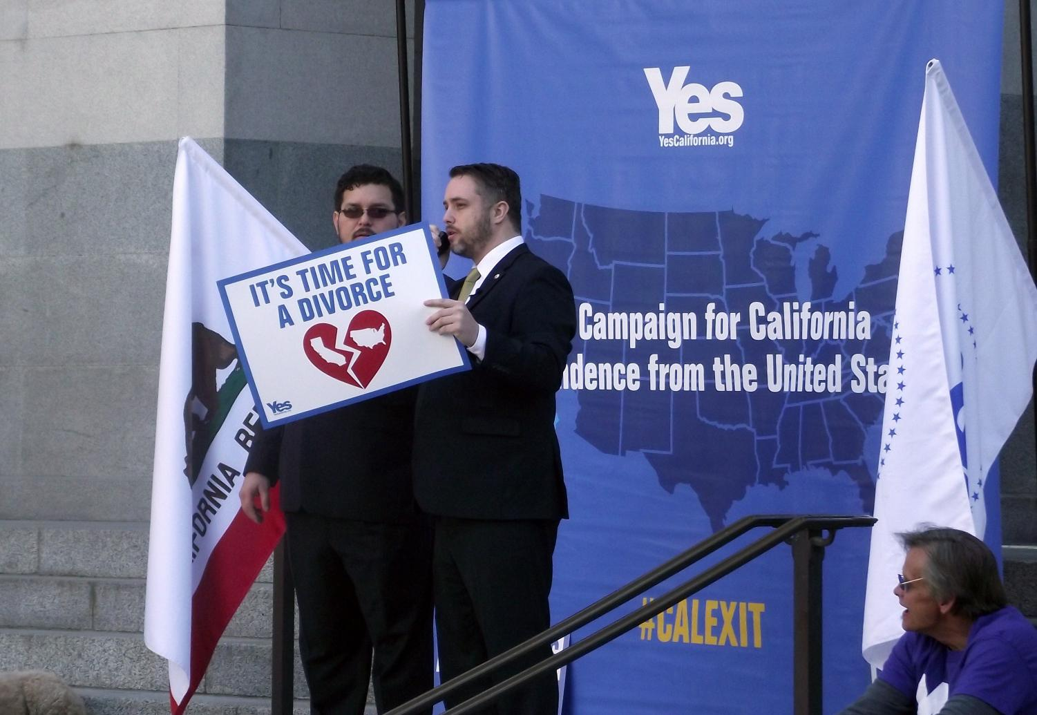 Yes California founder Louis Marinelli addresses a crowd of supporters at a recent rally in Sacramento.