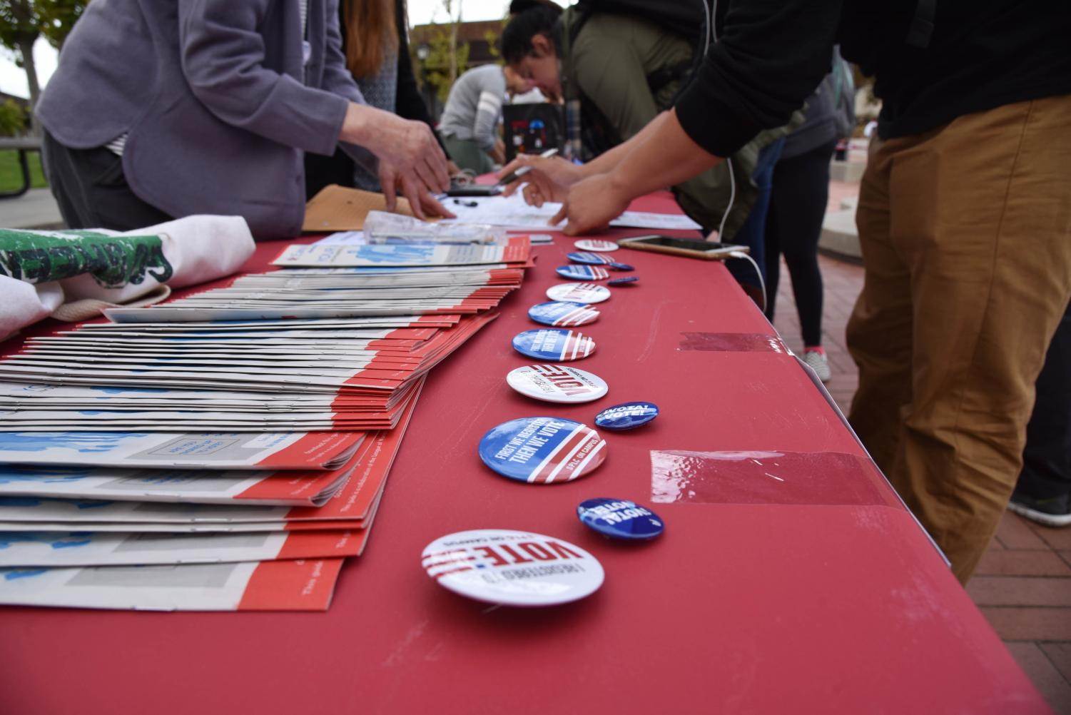 Students+had+an+opportunity+to+register+to+vote+at+Club+Day.