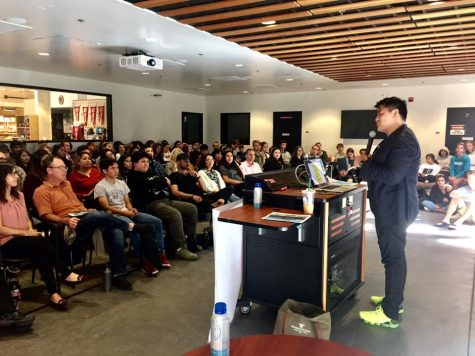 Jose Antonio Vargas delivers a lecture during the Immigration Teach - In at Foothill College.