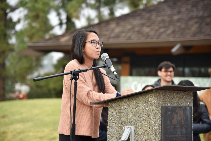 Associated+Students+of+Foothill+College+President+Chelsey+Nguyen+talks+about+the+mass+shooting+in+Thousand+Oaks.